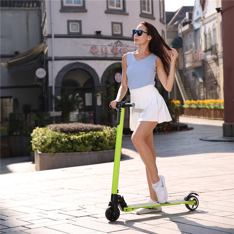 23KM / H Hoverboard Electric Scooter / Folding Electric Scoooter With 20-25 Km Max Distance