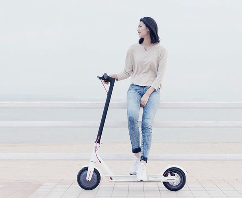 Original Xiaomi Scooter Foldable Electric Scooter Skate Board Adult Foldable Hoverboard M365 30km Life Mijia